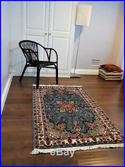 Real Hand knotted Handmade Persian Style Woolen and Silk rugs / Carpet