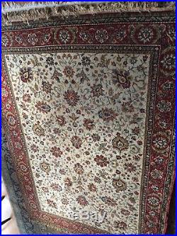 WOOL Rug Persian LARGE Hand Tufted Carpet Red colours perfect condition